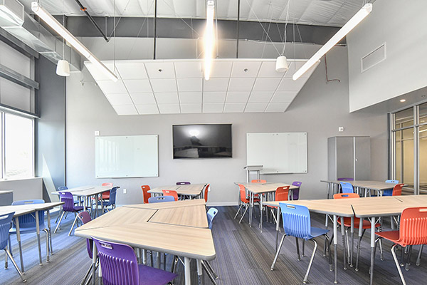 Classroom with Rectangular Desk layout