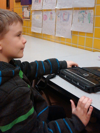 student using screen reader